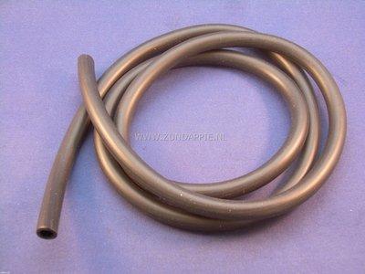Benzine slang zwart 5 x 8 mm per meter